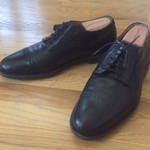 Johnston & Murphy Black Leather Loafers